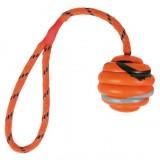 Trixie Мяч (резина) на веревке 6 см
